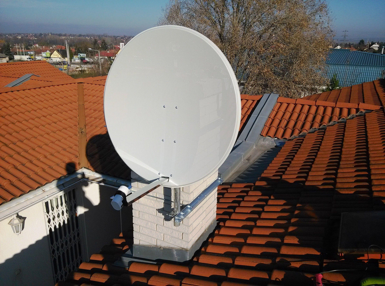 Fix egy fejes parabola antenna.